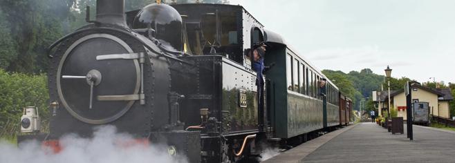 steam_train_welshpool_wales